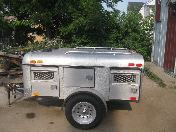 4 Hole Dog Trailer
